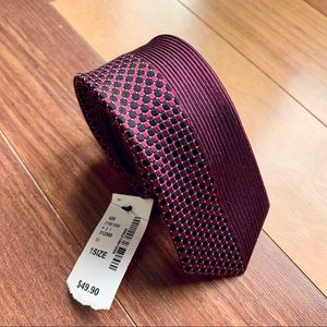 RW&Co Red Patterned Tie, NWT